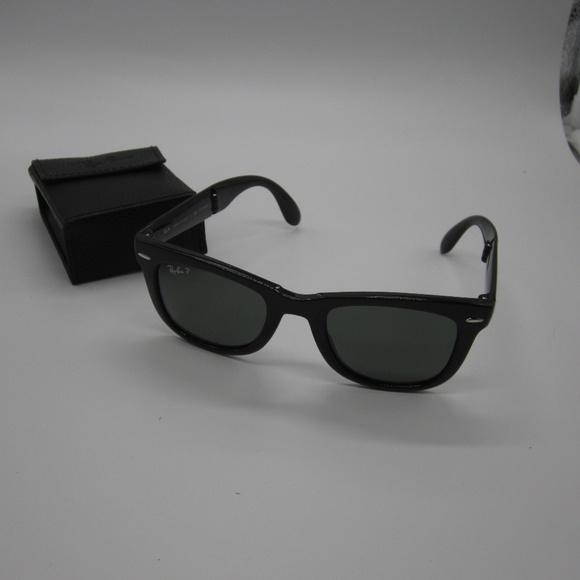 865ff6ca08a RayBan RB4105 Folding Wayfarer Men s Sunglasses. M 5ad1132645b30c677c8ae895